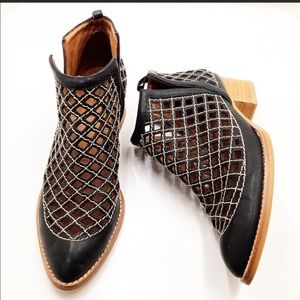 Jeffrey Campbell leather Taggart bootie